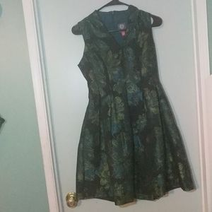 Vince Camuto dress size 4